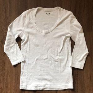 Three Dots White Scoop Tee 3/4 sleeves
